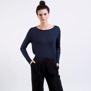 Everlane Sz S Navy blue Ryan Long-Sleeve tee shirt